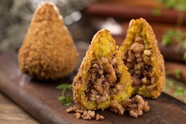 7 coxinhas nos restaurantes do Rio que você precisa provar
