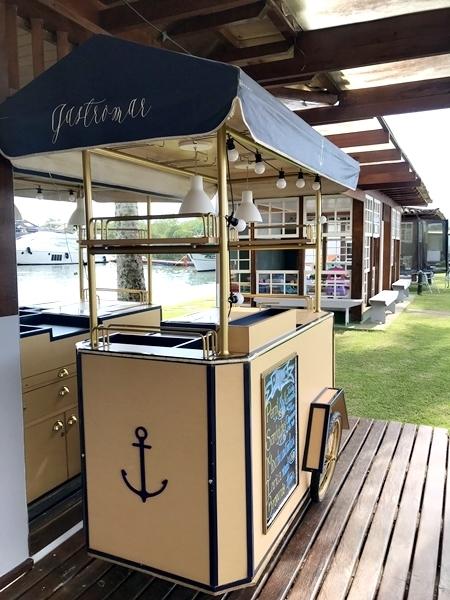restaurante em alto mar em Paraty