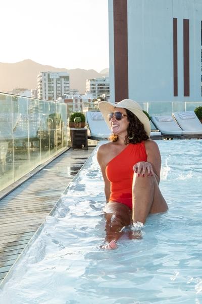 Hospedagem no Fasano Rio - piscina com vista