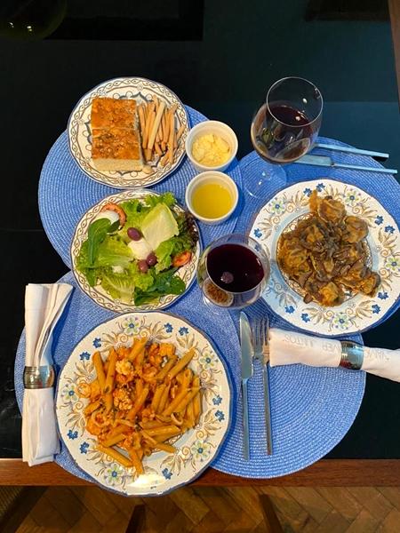dicas de como montar uma mesa de jantar bonita 2