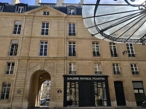 Escritório da Emily in Paris