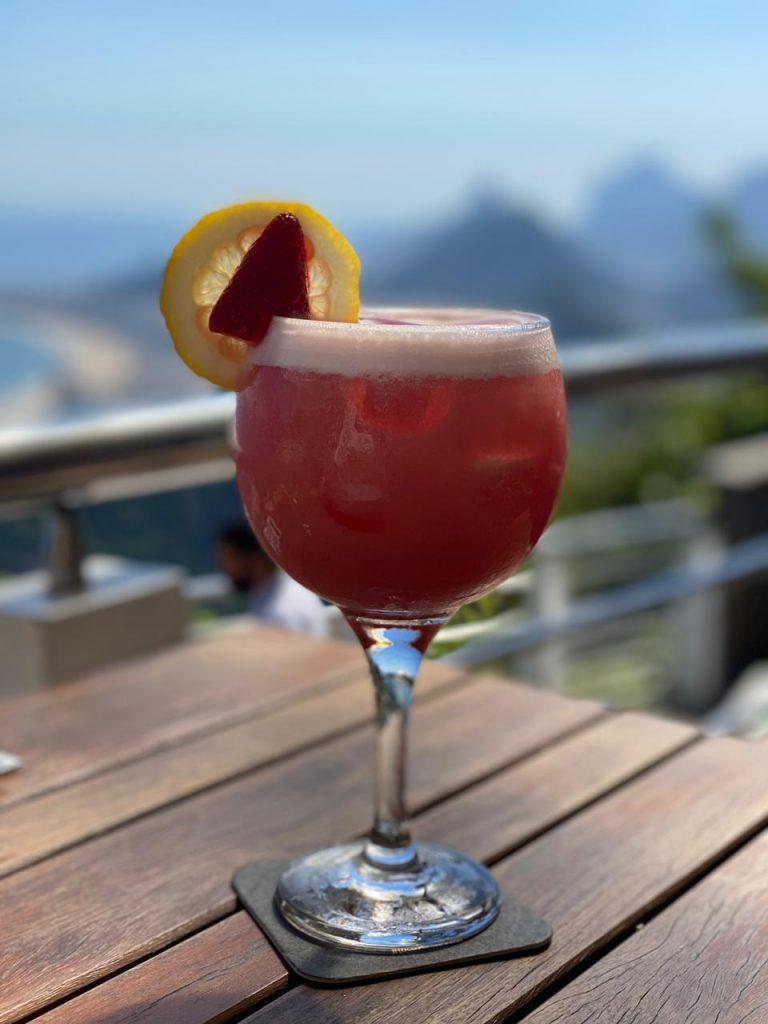 Drink Clássico Beach Club Urca