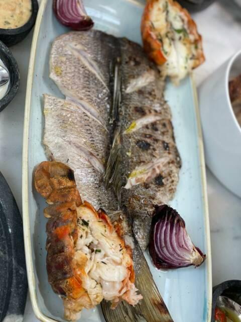 Escama novo restaurante de frutos do mar no Rio no Jardim Botânico