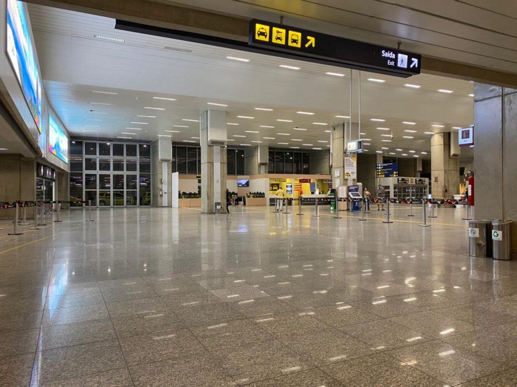 Aeroporto vazio