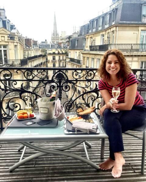 Renata em Paris