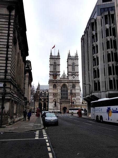 Um tour de Londres pela família real
