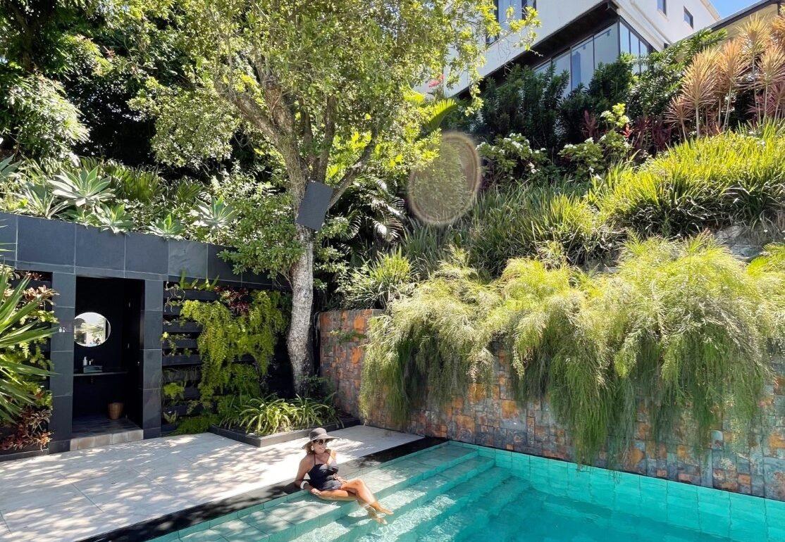 hotel novo em santa teresa piscina