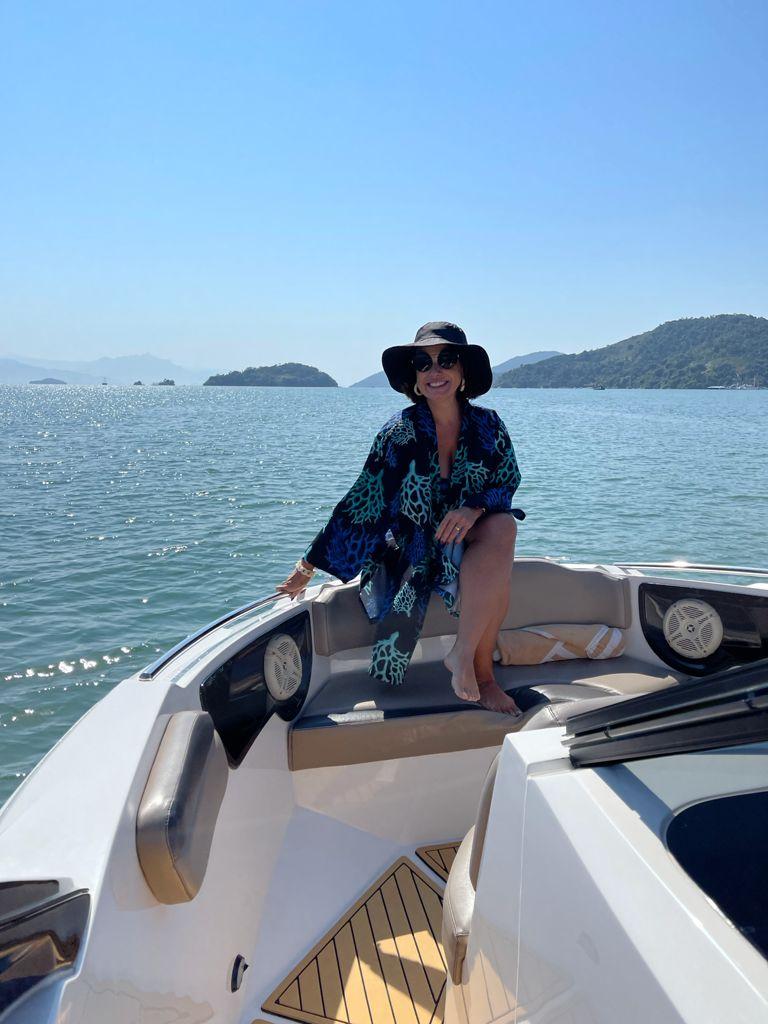 Passeio de barco Saco do Mamanguá